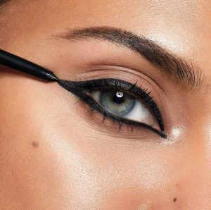 Review The One High Impact Eye Pencil